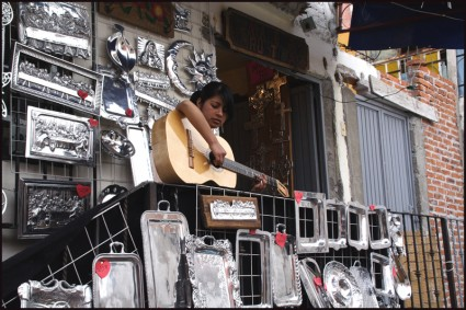 Girl w Guitar, Mexico