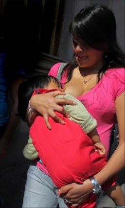 Woman w baby, Mexico