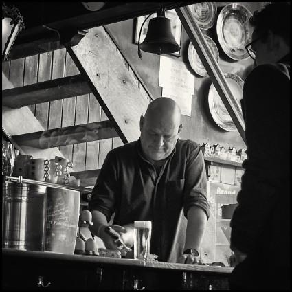 Bartender Papeneiland, Amsterdam